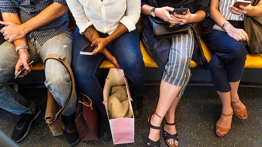 гаджеты планшеты метро