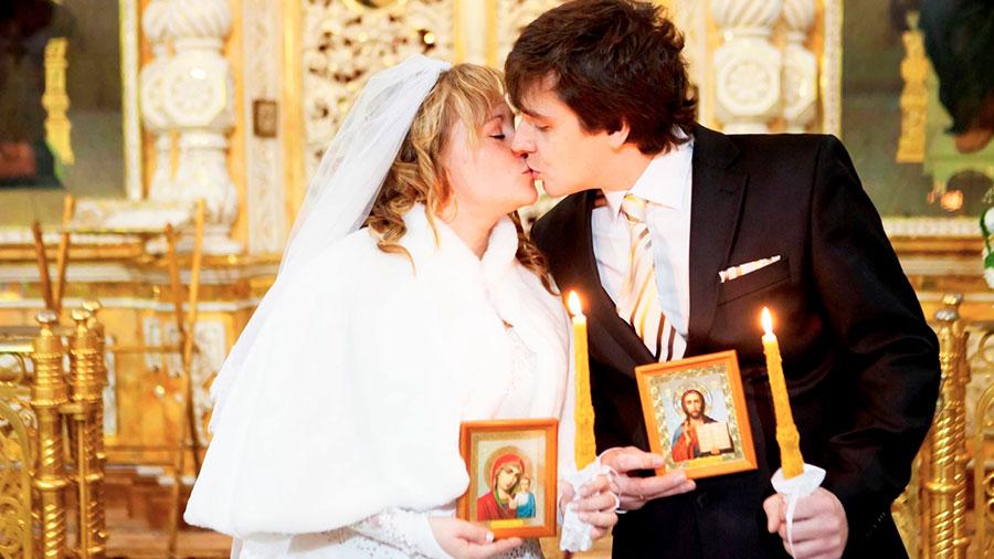 таинство венчания поцелуй