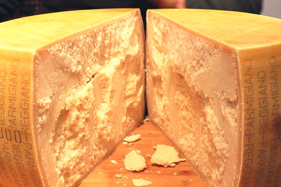 французский сыр parmesan