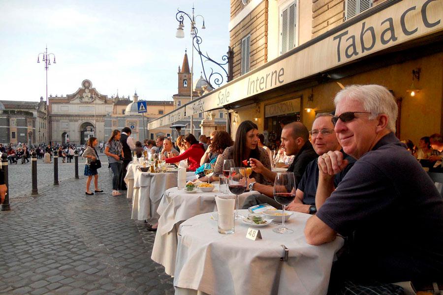 уличные кафе в италии