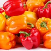 Болгарский сладкий перец: польза и вред для организма. Паприка, калорийность и рецепт блюда