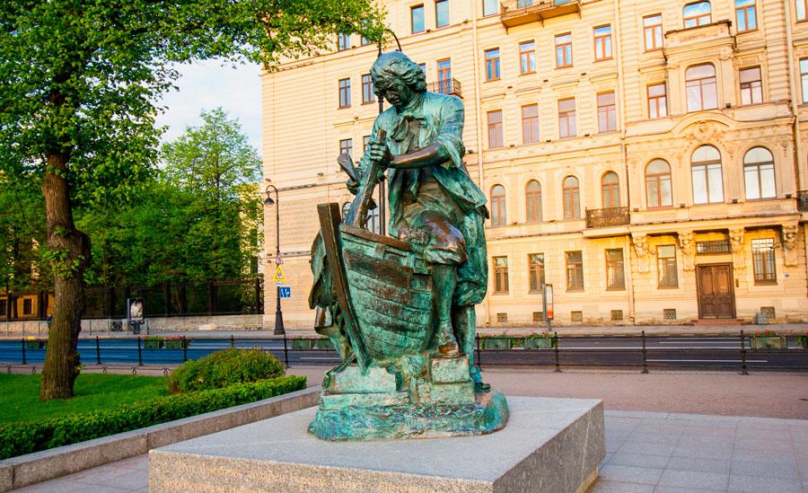 памятник царь плотник Санкт-Петербург