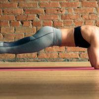 Упражнение планка— как правильно делать, польза и противопоказания