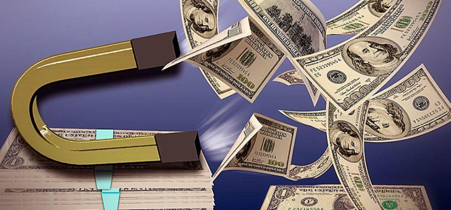 Денежный магнит в руках у женщин. 5 ошибок, которые совершают женщины с деньгами