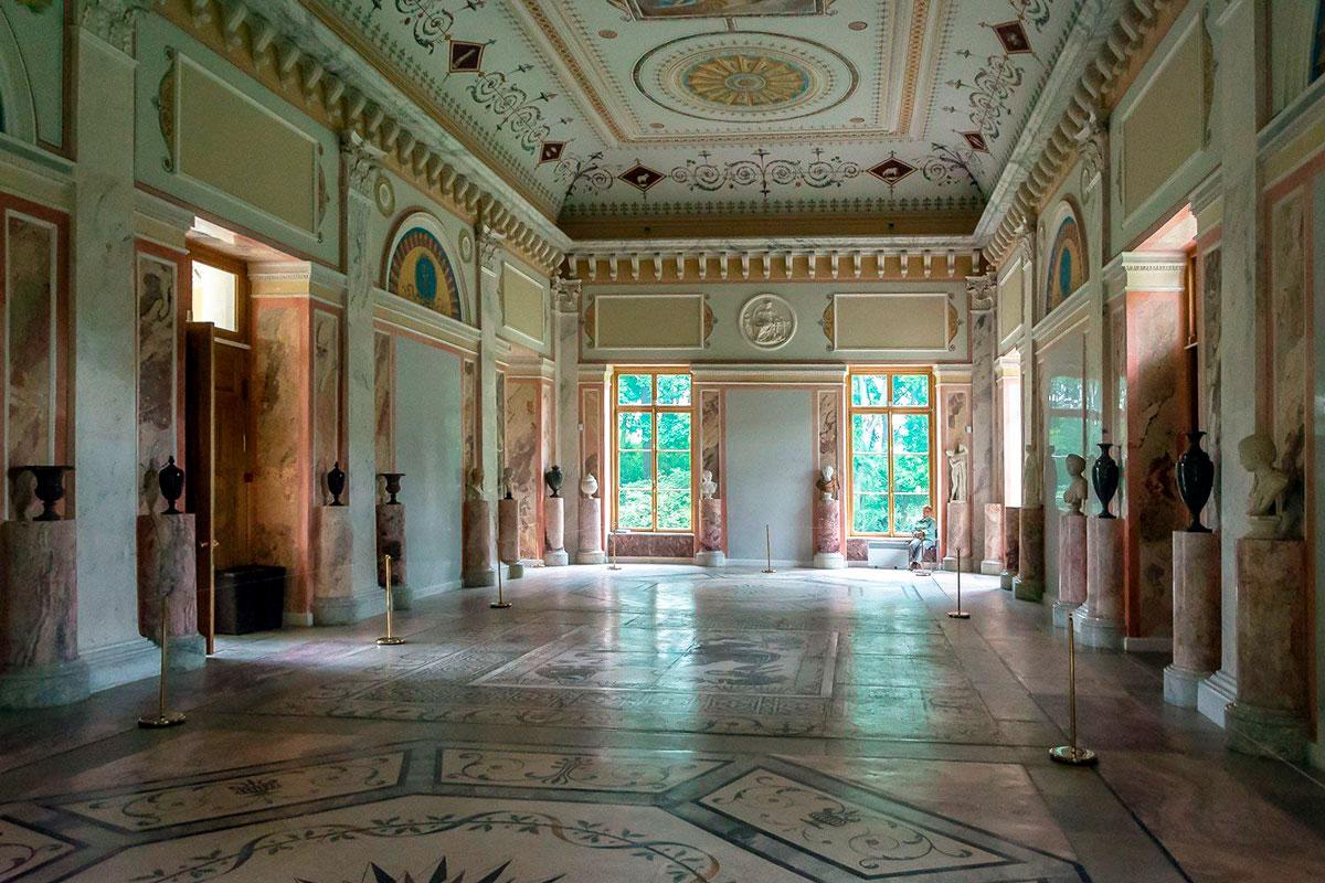 Александровский дворец, концертный зал
