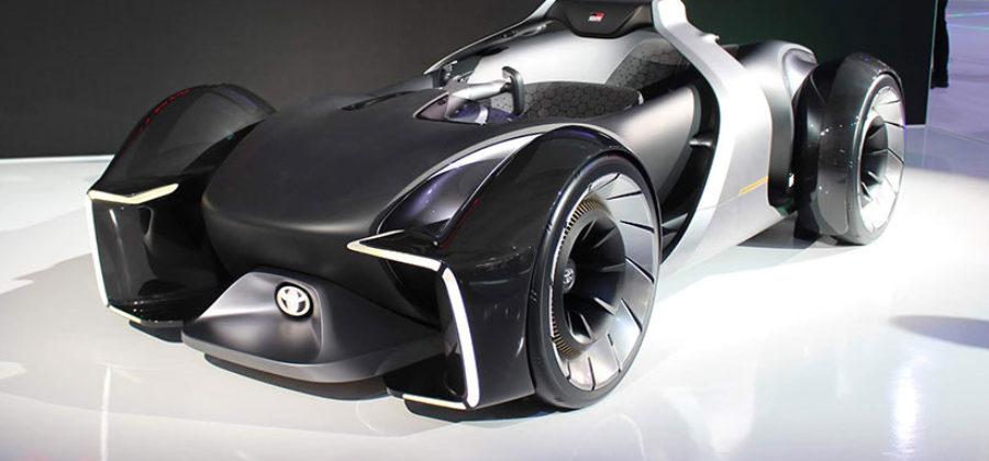История развития электромобилей Toyota. Все модели от Comutter до концепта e-Racer