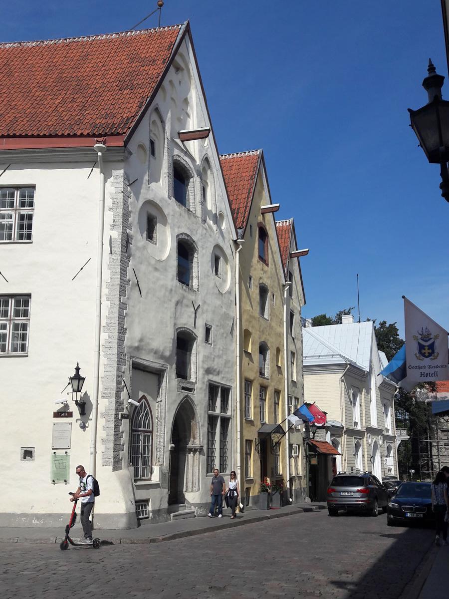 Эстония - одна из самых ярких, многогранных и разнообразных стран в северной Европе